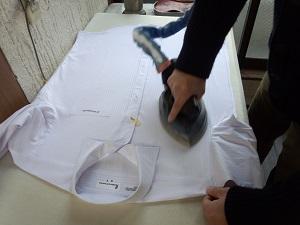 ワイシャツの仕上がりに職人技が光る
